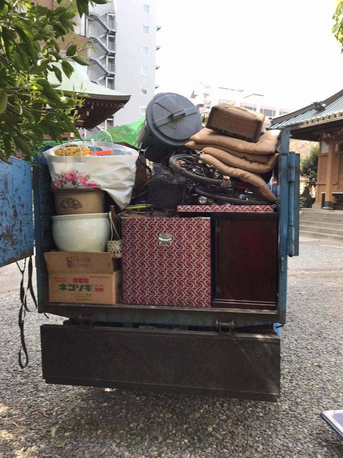 港区産業廃棄物回収サービス業